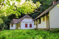 Hungary, Cabin, House Styles, Travel, Beautiful, Home Decor, Viajes, Decoration Home, Room Decor