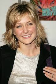 Amy Carlson - this is the hairstyle I want - Bob Hairstyles For Fine Hair, Layered Bob Hairstyles, Layered Hair, Hairstyles Haircuts, Cool Hairstyles, Bob Haircuts, Easy Hairstyle, Hairdos, Hairstyle Ideas