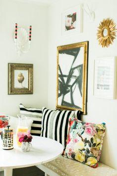 Cozy corner nook | theglitterguide.com