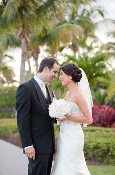 This wedding makes me happy.  Very, very happy.  The kind of happy that can only be brought on by the breathtaking images of Captured Photography by Jenny, an oh-so-lovely color palette (pink and mint green!) and a ceremony overlooking the sunny waters of the PGA National Resort.  Yep, an all-encompassing, cant stop smiling, oh how I love every…