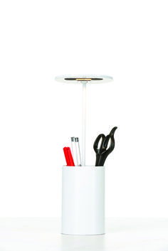 E.T. Table Lamp. Design by Benjamin Hopf for FORMAGENDA. LED. Pencil holder, Desk light. Available in different colors at  www.formagenda.com