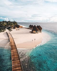 Vacation Places, Vacation Trips, Dream Vacations, Vacation Spots, Beautiful Places To Travel, Beautiful Beaches, Honeymoon In Dubai, Dubai Beach, Thailand Honeymoon