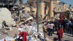 Al menos 25 personas murieron ayer y otras 75 resultaron heridas por la explosión de un coche bomba en Al Diwaniya. Ver más en: http://www.elpopular.com.ec/56332-explosion-en-mercado-de-irak.html?preview=true_id=56332_nonce=2e3370e425
