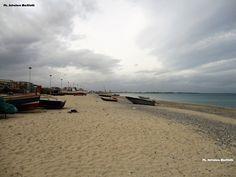 Con il ponente d'inverno cambiano i colori ma il mare rimane sempre attraente! Domenica 5 febbraio dalla spiaggia dei pescatori Ph. Salvatore Martilotti