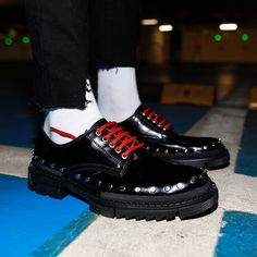 Give your trainers a day off Lace-up fastening Round toe Pull tabs Chunky sole Real leather Mens Shoes Boots, Men's Shoes, Shoe Boots, Lace Up Shoes, Calgary, Real Leather, All Black Sneakers, Dallas, Trainers