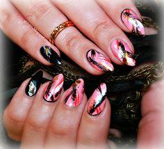 Drybrush nail design