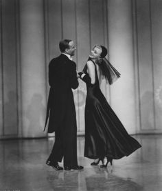 Fred Astaire and Ginger Rogers in Shall We Dance (Mark Sandrich, 1937)
