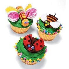 Little Critter Cupcakes Your little ones will be all a-buzz about these critter-topped spring treats....