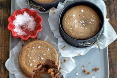 Some like sweet, some like savory. The solution? A sweet cheesecake with a savory crust. No Bake Desserts, Dessert Recipes, Mini Chocolate Cheesecake, Giant Food, Comfort Food, Chocolate Coffee, Cupcake Cookies, Cheesecakes, Fudge