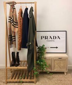 Autumn Agenda- Wardrobe must-haves What Was I Thinking, Fall Capsule Wardrobe, Striped Jeans, Best Seasons, Neck Warmer, Keep Warm, Jumpers, Wardrobe Rack, Hot Chocolate