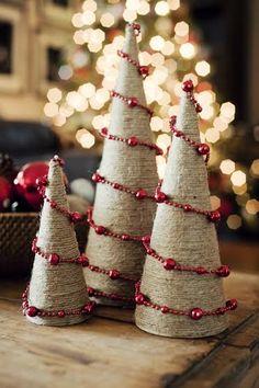 Arbol de Navidad hecho con cordón de yute  #diy #handmade #manualidades #navidad