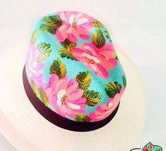 Sombrero aguadeño pintado a mano