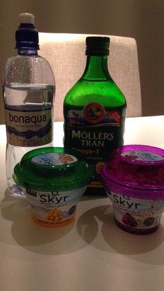 God morgen - hvilken farge?? Bottle, Drinks, Food, Drinking, Beverages, Meal, Flask, Essen, Drink