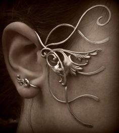 Tour d'oreille elfique                                                                                                                                                     Plus