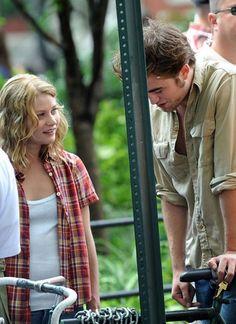 Remember Me 2010. Robert Pattinson & Emilie De Ravin.