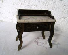 Bezaubernder alter Boulle Waschtisch Möbel für die antike Puppenstube um 1900