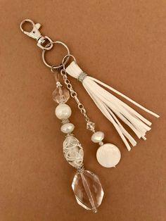 Items similar to Keychain, beaded keychain, zipper pull, bag accessory on Etsy Tassel Keychain, Diy Keychain, Beaded Jewelry, Handmade Jewelry, Handbag Accessories, Boho Accessories, Jewelry Crafts, Jewelery, Jewelry Making