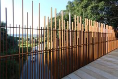The walkway designed by Cottone+Indelicato is a sculptural element integrated with the Valley of the Temples in Agrigento, in dialogue with its landscape and architectural features. Landscape Walls, Urban Landscape, Landscape Architecture, Landscape Design, Tor Design, Fence Design, Compound Wall, Boundary Walls, Modern Stairs