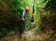 Corpo de mulher é encontrado em gruta http://www.passosmgonline.com/index.php/2014-01-22-23-07-47/policia/10426-corpo-de-mulher-e-encontrado-em-gruta