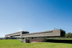 Javier Corvalán + Laboratorio de Arquitectura, Lauro Rocha · Driving Público. Asociación Paraguaya de Golf APG