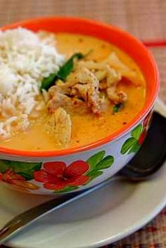 Looking for easy Thai curry recipe? I have a great Thai Curry Recipe to share with you by using these delicious Thai curry sauce. You can make...