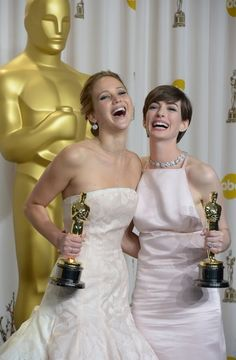 Can't get over these two at the Oscars! #AnneHathaway #JenniferLawrence
