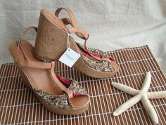 Womens American Eagle Brown Floral Canvas Cork Sandal Wedge Shoes Sz 8 #AmericanEagleOutfitters #PlatformsWedges