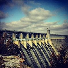 Beautiful shot of the dam at Table Rock Lake by our Instagram friend @camstermarie #branson #tablerocklake