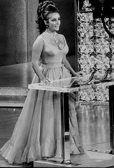 Elizabeth Taylor presenting the Best Picture Oscar at the 42nd Annual Academy Awards (1970).