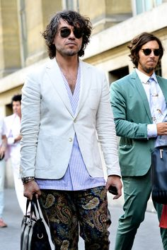 Paris Fashion Week, men's street style Formal Looks, Friends Fashion, Mens Fashion, Paris Fashion, Street Fashion, Dress To Impress, Suit Jacket, Street Style, Blazer