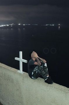 Justin Bieber Praying