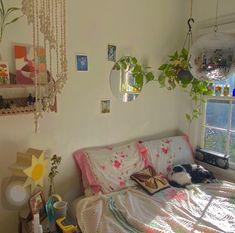My New Room, My Room, Dorm Room, Room Ideas Bedroom, Bedroom Decor, Bedroom Inspo, Decorating Bedrooms, Indie Room, Cute Room Ideas
