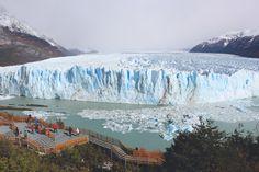 """Glacier en Patagonie  Suivez le guide Maïder sur le blog """"Il était une faim"""""""