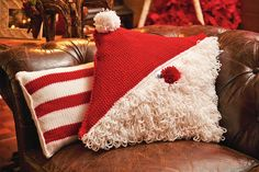 Bernat #Crochet #Santa #Pillow #holiday #decor