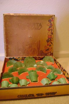 Vintage Chiquita Akro Agate Doll Dishes in Original Box--I had parts of one of these.....passed down from my grandma Anna Belle!!