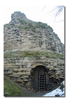 Pontefract Castle - West Yorkshire England    Pontefract is where ancestor Matthew Beckwith (1610-1690) claimed to be from.