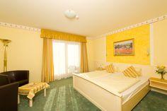 Doppelzimmer mit Südbalkon www.almrausch.co.at