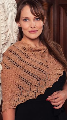 Eyre Shawl by Karina Westermann. Knit Now, Issue 18, February 2013. Lace Baby Merino. Applewood color.