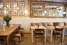 ¿Quieres salir a comer fuera y no dejarte medio sueldo? ¡No te pierdas nuestra lista de restaurantes buenos, bonitos y a buen precio para todos los gustos!