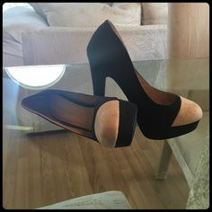 "✨ BLACK & TAN SUEDE HEELS✨ Brand new! Absolutely gorgeous. Heel height 5"" Box included✨ Diva Lounge Shoes Heels"