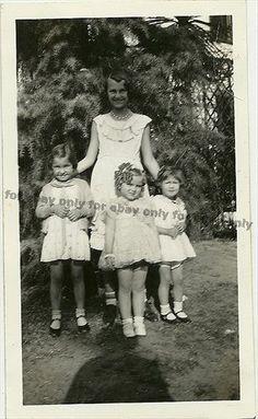 Vintage Old Photo 4 Little Cute Girls Looks Like Shirley Temple Curls Dress 1940