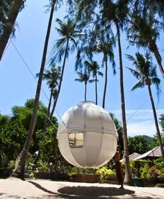 Cocoon Tree: A Lightweight, Spherical Treehouse for Sustainable Living Cocoon Tree Berni du Payrat – Inhabitat - Sustainable Design Innovation, Eco Architecture, Green Building Suspended Tent, Sleeping Pods, Cool Tree Houses, Living Off The Land, Tiny House Cabin, Sustainable Architecture, Tree Designs, Green Building, Sustainable Living