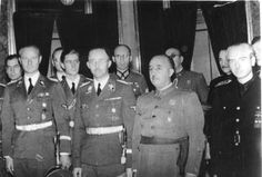 Photo of Heinrich Himmler with the dictator Francisco Franco, when he visited Spain in 1940. PD: On the left we see Karl Wolff and Joachim Peiper, and right of Franco, is the Minister of Foreign Affairs; Serrano Súñer.