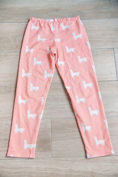Sewing Patterns Free, Clothing Patterns, Sewing Shorts, Harem Pants, Pajama Pants, Baby Girl Patterns, Dresses Kids Girl, Pants Pattern, Diy Clothes