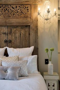 That's all the 10 best ideas to bring your headboard to the next level. Now, it's time for you to choose one of these headboard ideas. Home Bedroom, Master Bedroom, Bedroom Decor, Bedroom Ideas, Headboards For Beds, Headboard Ideas, Unique Headboards, Wood Headboard, Antique Door Headboards