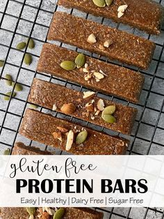 Gluten free low carb protein bars recipe - satisfy your sweet tooth with this low carb keto protein bars recipe. These high protein low carb bars have just are gluten free, dairy free, paleo and no bake.  #keto #lowcarb #snack #ketosnack #healthysnack #paleo Gluten Free Protein Bars, Low Carb Protein Bars, Healthy Protein, Protein Foods, Paleo Keto Recipes, Protein Bar Recipes, Egg Free Recipes, Low Carb Bars, Dairy Free Snacks