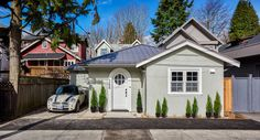 vancouver laneway house exterior