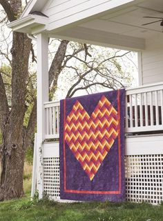 A large queen-sized quilt, Heartfelt takes the traditional Rail Fence block and transforms it into a stunning, vibrant heart, using Moda Grunge fabrics. Get your quilt kit while supplies last! Lap Quilts, Quilt Blocks, Heart Quilts, Antique Quilts, Vintage Quilts, Rail Fence Quilt, Quilt Storage, Keepsake Quilting, Quilting Projects