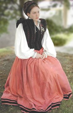 Florentine Gown - 1570's Italian Doublet (the giuppone)