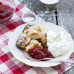 Gör en pulled pancake och servera som en lyxig frukost, till brunch eller som efterrätt!